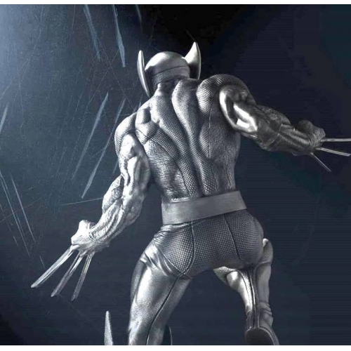 Royal Selangor <p>Limited Edition Wolverine Victorious Figurine<p>017983<p/>